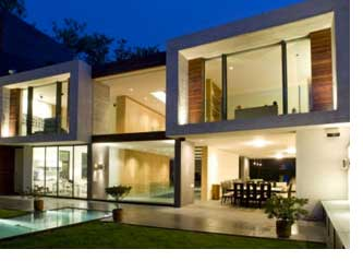 Iluminar mejor los espacios exteriores de tu casa, en Vivienda